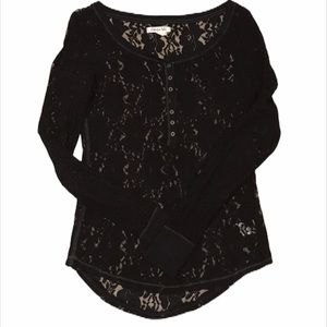 🎀2/$20 AEROPOSTALE Lace Henley Top